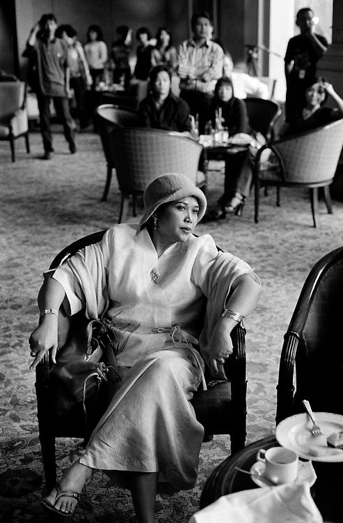 Fashion show featuring the work of Indonesian designer Widhi Budimulia.Shangri-La Hotel Jakarta January 2004