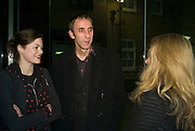 JASMINE GUINNESS AND WILL SELF, 'Evolution', an exhibition of work by Marc Quinn. White Cube. Masoin's Yard. London. 24 January 2008. -DO NOT ARCHIVE-© Copyright Photograph by Dafydd Jones. 248 Clapham Rd. London SW9 0PZ. Tel 0207 820 0771. www.dafjones.com.
