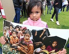 Auckland-Refugee supporters rally in Aotea Square