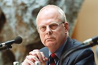 """26 APR 2000, BERLIN/GERMANY:<br /> Meinhard Miegel, Institut für Wirtschaft und Gesellschaft, Bonn, während der SPD Forumsveranstaltung """"Grundwerte heute: Gerechtigkeit"""", Willy-Brandt-Haus<br /> IMAGE: 20000426-01/02-06"""