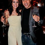 NLD/Amsterdam/20111002 - Uitreiking John Kraaijkamp awards 2011, Marjolein Teepen en Stanley Burleson