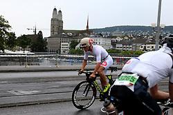 27.07.2014, Zürich, SUI, Ironman Zuerich 2014, im Bild Jan Van Berkel (SUI) // during the Zurich 2014 Ironman, Switzerland on 2014/07/27. EXPA Pictures © 2014, PhotoCredit: EXPA/ Freshfocus/ Claude Diderich<br /> <br /> *****ATTENTION - for AUT, SLO, CRO, SRB, BIH, MAZ only*****