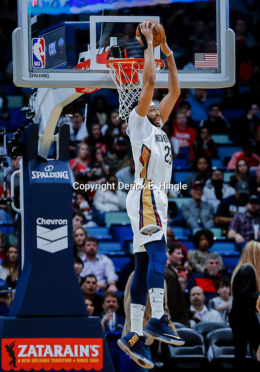 Jan 20, 2018; New Orleans, LA, USA; New Orleans Pelicans forward Anthony Davis (23) dunks against the Memphis Grizzlies during the first half at the Smoothie King Center. Mandatory Credit: Derick E. Hingle-USA TODAY Sports