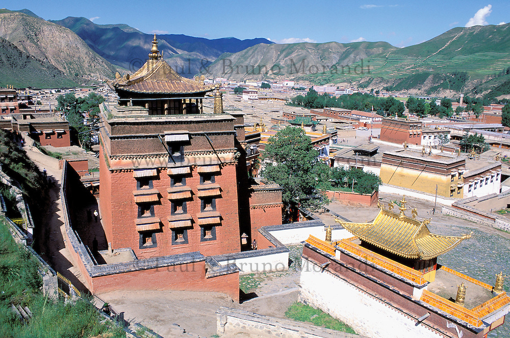 China. Gansu Province. Xiahe. Labrang tibetan monastery (Labuleng Si). // Chine. Province du Gansu. Xiahe. Monastere tibétain de Labrang.