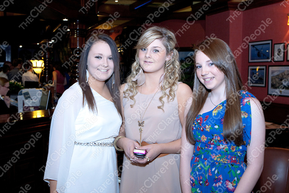 Chloe White, Aisling McMahon &amp; Toni O'Brien pictured at the Sixmilebridge GAA Club awards Night in the Oakwood arms Hotel Shannon Co.Clare<br /> Picture Credit  Brian Gavin Press 22