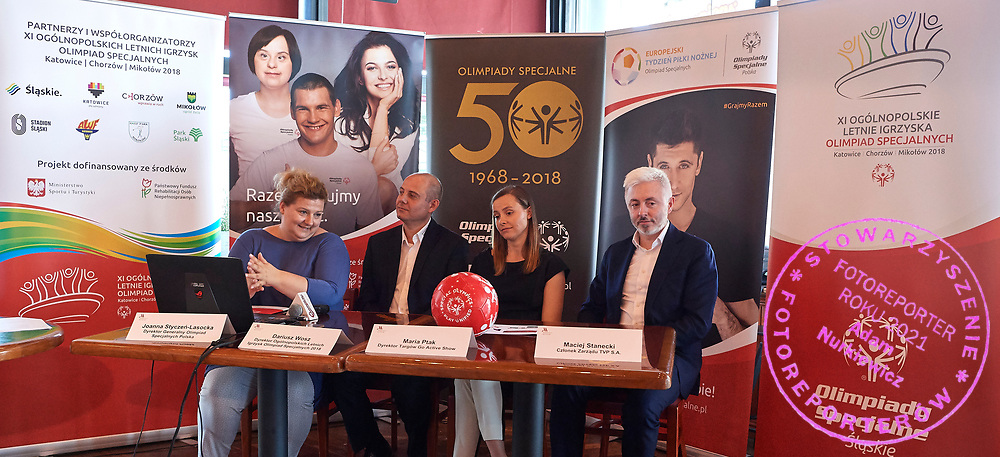 Warsaw, Poland - 2018 May 10: (L-R) Joanna Styczen National Director of Special Olympics Poland and Dariusz Wosz and Maria Ptak &quot;Go &amp; Active Show&quot; Meneger  and Maciej Stanecki (TVP tv broadcaster) attend Special Olympics Press Conference at Marriott Champions Sport Bar on May 10, 2018 in Warsaw, Poland.<br /> <br /> Adam Nurkiewicz declares that he has no rights to the image of people at the photographs of his authorship.<br /> <br /> Picture also available in RAW (NEF) or TIFF format on special request.<br /> <br /> Any editorial, commercial or promotional use requires written permission from the author of image.<br /> <br /> Image can be used in the press when the method of use and the signature does not hurt people on the picture.<br /> <br /> Mandatory credit:<br /> Photo by &copy; Adam Nurkiewicz / Mediasport