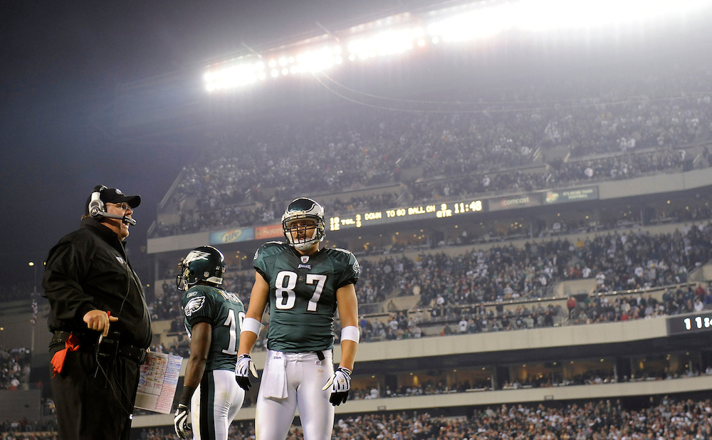 PHILADELPHIA - NOVEMBER 08:  Head coach Andy Reid and Brent Celek #87 of the Philadelphia Eagles looks on during the game against the Dallas Cowboys at Lincoln Financial Field on November 8, 2009 in Philadelphia, Pennsylvania. The Cowboys defeated the Eagles  20-16. (Photo by Rob Tringali) *** Local Caption *** Andy Reid;Brent Celek