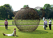 2012_05_24_Garden_sculpture_SSI