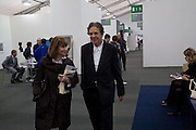 CHARLES SAATCHI, Frieze Art Fair 2008. Regent's Park. London. 15 October 2008 *** Local Caption *** -DO NOT ARCHIVE -Copyright Photograph by Dafydd Jones. 248 Clapham Rd. London SW9 0PZ. Tel 0207 820 0771. www.dafjones.com