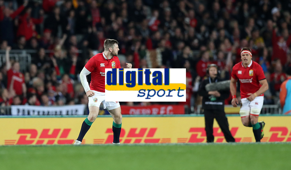 Rugby Union - 2017 British &amp; Irish Lions Tour of New Zealand - Third Test: New Zealand vs. British &amp; Irish Lions<br /> <br /> Elliot Daly of The British and Irish Lions celebrates scoring a kick at Eden Park.<br /> <br /> COLORSPORT/LYNNE CAMERON