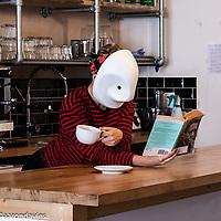 Larval Cafe Col