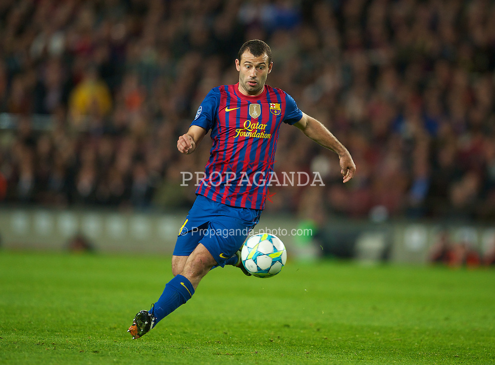 BARCELONA, SPAIN - Tuesday, April 24, 2012: FC Barcelona's Javier Mascherano in action against Chelsea during the UEFA Champions League Semi-Final 2nd Leg match at the Camp Nou. (Pic by David Rawcliffe/Propaganda)