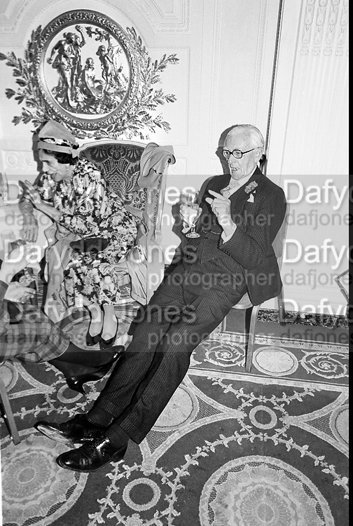 Col. Gerald Draper & Mrs. Gerald Draper at the Mark Florman/Alexia Anninos wedding reception. Hyde Park Hotel. 14 March 1987. Film 87153f10<br /> © Copyright Photograph by Dafydd Jones<br /> 66 Stockwell Park Rd. London SW9 0DA<br /> Tel 0171 733 0108