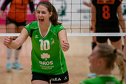 26-10-2019 NED: Dros Alterno - Set Up 65, Apeldoorn<br /> Round 4 of Eredivisie volleyball - Kirsten Bröring #10 of Alterno