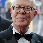 NLD/Amsterdam/201200704 - Inloop Koninging Beatrix bij afscheid Hans van Manen, Hans