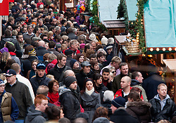 © under licence to London News Pictures 12/12/2010 Christmas shoppers were out in force today (Sunday) as car parks were full and the streets packed with shoppers looking for Christmas presents. Picture shows crowds of shoppers making their way up New Street in Birmingham City Centre, which also hosts the German Market..Picture credit: Dave Warren/London News Pictures...