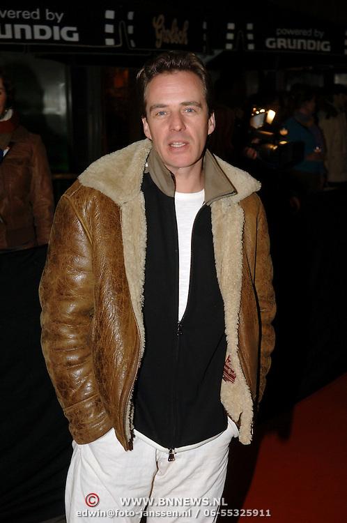 NLD/Amsterdam/20060307 - Premiere Ik omhels je met duizend armen, Joep Sertons