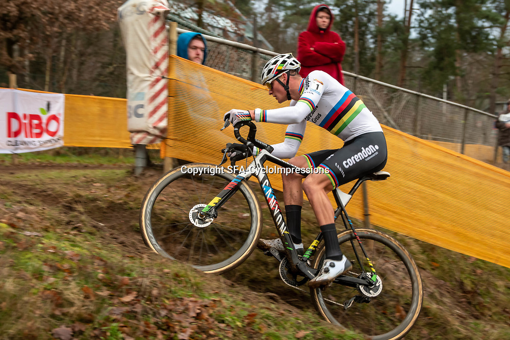 26-12-2019: Cycling: CX Worldcup: Heusden-Zolder: Mathieu van der Poel takes another win