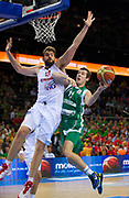 DESCRIZIONE : Kaunas Lithuania Lituania Eurobasket Men 2011 Quarter Final Round Spagna Slovenia Spain Slovenia<br /> GIOCATORE : Goran Dragic<br /> CATEGORIA : tiro penetrazione<br /> SQUADRA : Slovenia<br /> EVENTO : Eurobasket Men 2011<br /> GARA : Spagna Slovenia Spain Slovenia<br /> DATA : 14/09/2011<br /> SPORT : Pallacanestro <br /> AUTORE : Agenzia Ciamillo-Castoria/T.Wiendesohler<br /> Galleria : Eurobasket Men 2011<br /> Fotonotizia : Kaunas Lithuania Lituania Eurobasket Men 2011 Quarter Final Round Spagna Slovenia Spain Slovenia<br /> Predefinita :