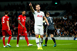 Harry Kane of Tottenham Hotspur points to the corner - Rogan/JMP - 01/10/2019 - FOOTBALL - Tottenham Hotspur Stadium - London, England - Tottenham Hotspur v Bayern Munich - UEFA Champions League Group B.
