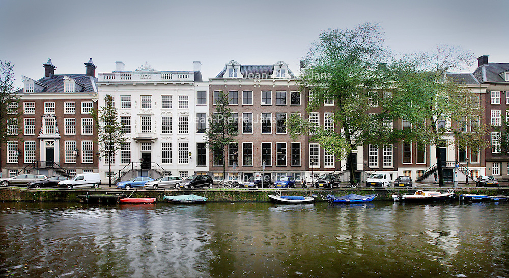 Nederland, Amsterdam , 12 oktober 2011..Hilton opent ws een Amsterdam Waldorf Astoria Hotel op Herengracht 524 tot 556..Foto:Jean-Pierre Jans