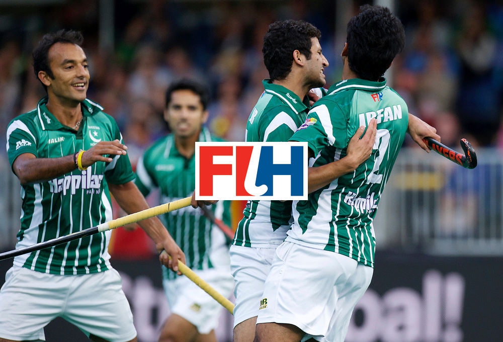 ANTWERP - Hockey World League Semi Final W &amp; M<br /> 10 PAK v AUS (Pool A)<br /> foto: Pakistan scored.<br /> FFU PRESS AGENCY COPYRIGHT FRANK UIJLENBROEK