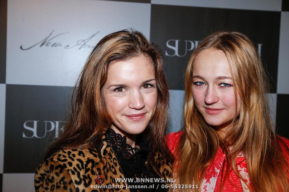 NLD/Amsterdam/20130126 - Modeshow Supertrash 2013, Marly van der Velden en Caroline Spoor