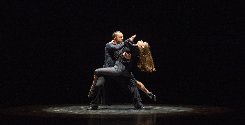 Damien Fournier and Jennifer White performing Milonga.