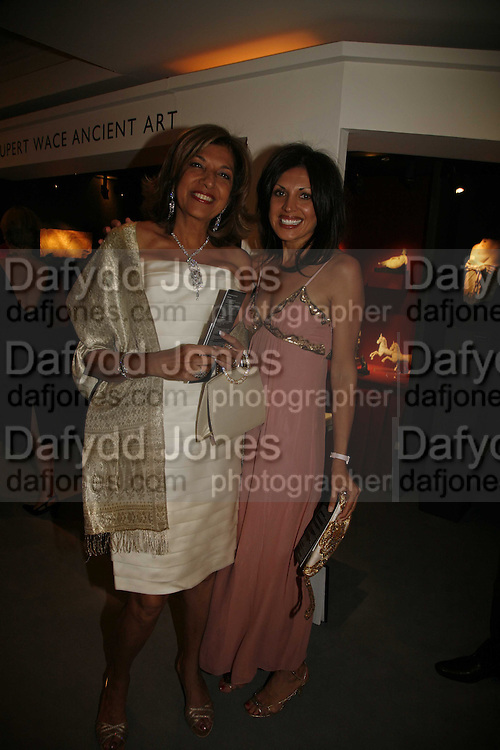 Mrs. Vimla Lalvani and Wanda Watumull, Gala champagne reception and dinner in aid of CLIC Sargent.  Grosvenor House Art and Antiques Fair.  Grosvenor House. Park Lane. London. 15  June 2006. ONE TIME USE ONLY - DO NOT ARCHIVE  © Copyright Photograph by Dafydd Jones 66 Stockwell Park Rd. London SW9 0DA Tel 020 7733 0108 www.dafjones.com