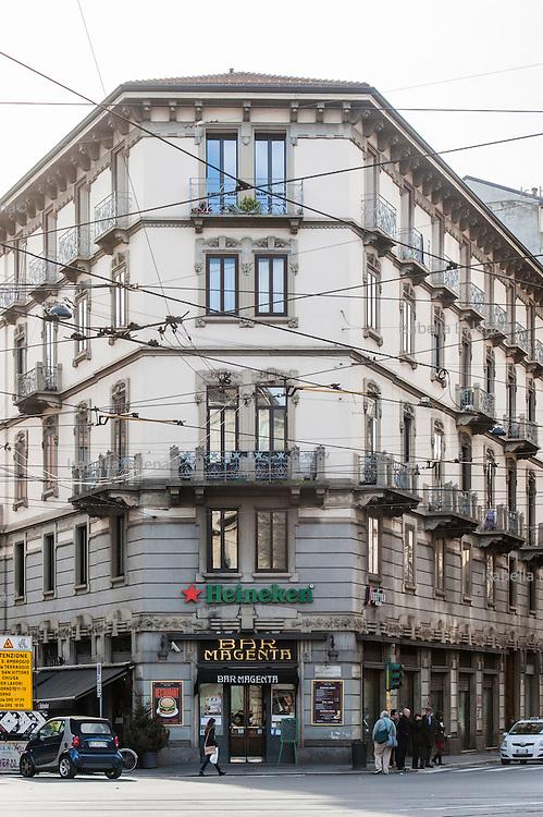 Milano, Italia, stile liberty. Milan, Italy, Liberty style. corso magenta-via carducci. bar Magenta