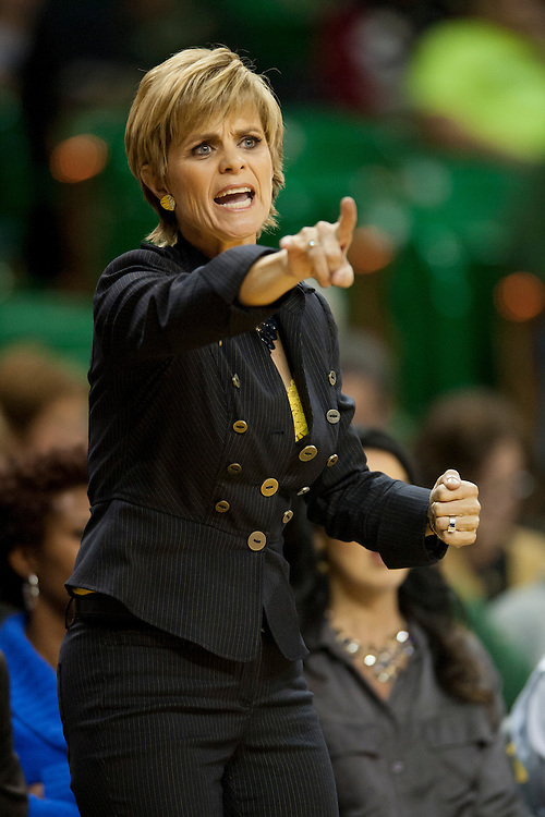 WACO, TX - DECEMBER 12:  Head coach Kim Mulkey of the Baylor University Bears yells at her team as they play against the Oral Roberts University Golden Eagles on December 12, 2012 at the Ferrell Center in Waco, Texas.  (Photo by Cooper Neill/Getty Images) *** Local Caption *** Kim Mulkey