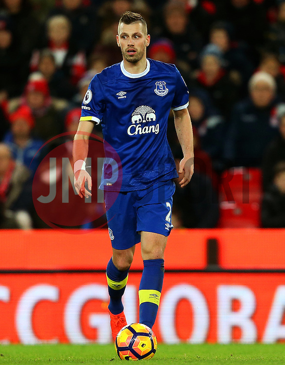 Morgan Schneiderlin of Everton - Mandatory by-line: Matt McNulty/JMP - 01/02/2017 - FOOTBALL - Bet365 Stadium - Stoke-on-Trent, England - Stoke City v Everton - Premier League