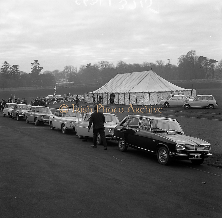 17/3/1966<br /> 3/17/1966<br /> 17 March 1966<br /> <br /> General View of the Renault Presentation