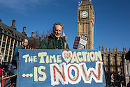 7 Mar.2015 - Thousands march in London to demand climate action now!