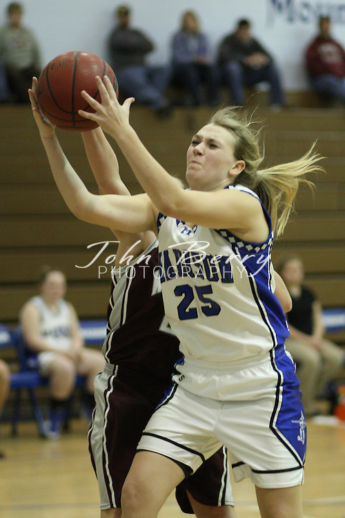 The Girls Varsity Basketball team beat Warren County tonight 44-35. Caitlyn Ford led the Mountaineers with 17 points and Rachel Strahan added 11. Madison is now 6-11 overall.  Date:  January/25/10, MCHS Varsity Girls Basketball vs Warren County Wildcats,