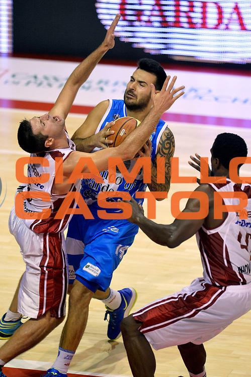 DESCRIZIONE : Pistoia Lega A 2014-2015 Giorgio Tesi Group Pistoia Banco di Sardegna Sassari<br /> GIOCATORE : Brian Sacchetti<br /> CATEGORIA : tiro penetrazione sequenza<br /> SQUADRA : Banco di Sardegna Sassari<br /> EVENTO : Campionato Lega A 2014-2015<br /> GARA : Giorgio Tesi Group Pistoia Banco di Sardegna Sassari<br /> DATA : 20/10/2014<br /> SPORT : Pallacanestro<br /> AUTORE : Agenzia Ciamillo-Castoria/GiulioCiamillo<br /> GALLERIA : Lega Basket A 2014-2015<br /> FOTONOTIZIA : Pistoia Lega A 2014-2015 Giorgio Tesi Group Pistoia Banco di Sardegna Sassari<br /> PREDEFINITA :