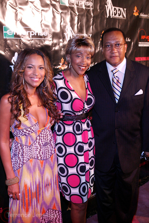 "l to r: Valiesha Butterfield, Cynthia Holiday Moore, and Dr. Benjamin Chavis at The launch of the Women in Entertainment Empowerment Network's (WEEN) ""Don't Judge Me...EmPower Me"" national tour, where entertainment icons and executives will participate with thousands of young adults in intimate, interactive panel discussions held at the Hammerstein Ballroom on June 28, 2008..Topics include health; financial literacy, hosted by Genworth Financial; leadership and career development, hosted by Interpublic Group (IPG) and relationships, hosted by BET Networks.."