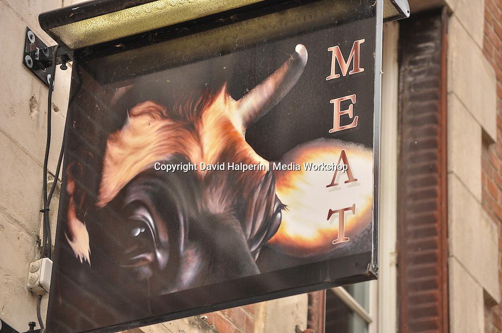 Butcher's sign, Orléans