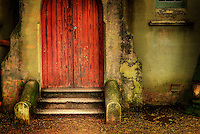 Richard Furhoff 999001_DSC6666.tif.Red Door, Balmain, NSW..