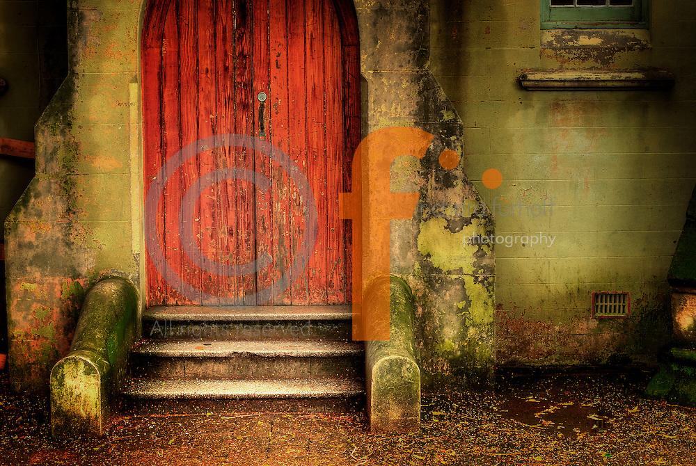 Richard Furhoff 999001_DSC6666.tif.Red Door, Balmain, NSW..