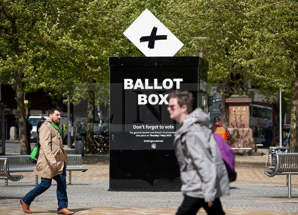 © Licensed to London News Pictures.  05/05/2015. Bristol, UK.  The giant ballot box in Bristol city centre for the general election 2015 reminds people to vote on 07 May.  Photo credit : Simon Chapman/LNP