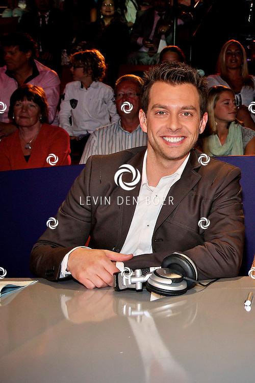 HILVERSUM - In Studio24 is de eerste Live Show van Hollands Got Talent geweest. Met op de  foto jurylid Dan Karaty. FOTO LEVIN DEN BOER - PERSFOTO.NU