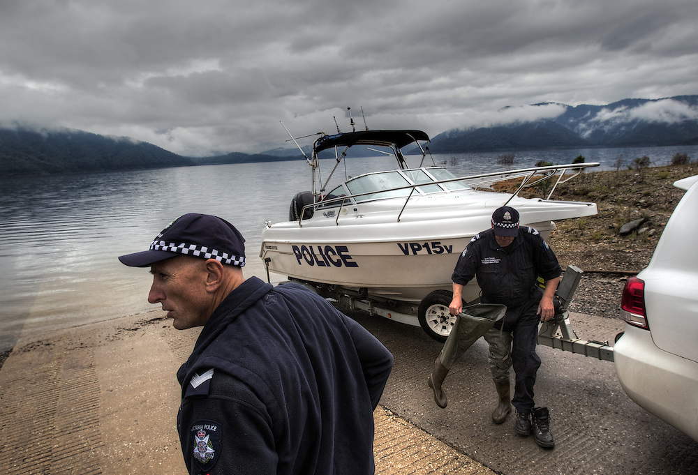 Mitta Mitta, one policeman town. Following the working life of Leading Senior Constable John Kissane. On Lake Dartmouth with Water Police Leading Senior Constable Brett Tanian, checking boat &amp; gun licenses. Pic By Craig Sillitoe CSZ/The Sunday Age.27/03/2012 This photograph can be used for non commercial uses with attribution. Credit: Craig Sillitoe Photography / http://www.csillitoe.com<br /> <br /> It is protected under the Creative Commons Attribution-NonCommercial-ShareAlike 4.0 International License. To view a copy of this license, visit http://creativecommons.org/licenses/by-nc-sa/4.0/.