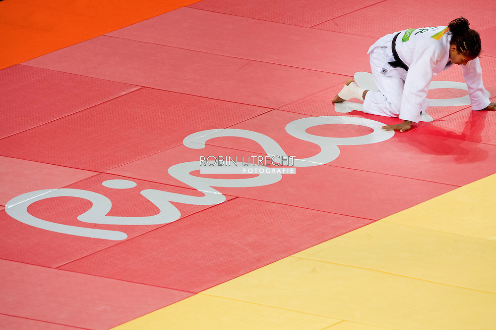 Miryam Roper (R) of Germany and Rafaela Silva of Brazil during the Women -57 kg Elimination Round of 32 of the Judo events at the Rio 2016 Olympic Games at Carioca Arena 2 in Rio de Janeiro, Brazil, 8 August 2016 ROBIN UTRECHT