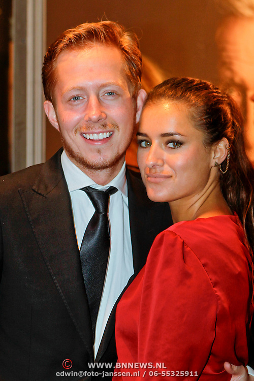 NLD/Amsterdam/20111017 - Premiere De Heineken Ontvoering, Robert de Hoog en partner Laura van der Graaf