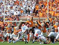 Florida kicker Austin Hardin (16)scores the winning field goal to make the score 10-9 over Tennessee, Saturday afternoon. Joy Kimborugh | The Daily Times