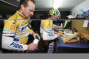 SPAIN / SPANJE / MALLORCA / CYCLING / WIELRENNEN / CYCLISME / CYCLOCROSS / VELDRIJDEN / TELENET FIDEA CYCLING TEAM / WINTERSTAGE / TRAINING CAMP / (L-R) THIJS AL / JENS VANDEKINDEREN /<br /> <br /> RIDERS PICTURED AT THE END OF THE TRAINING