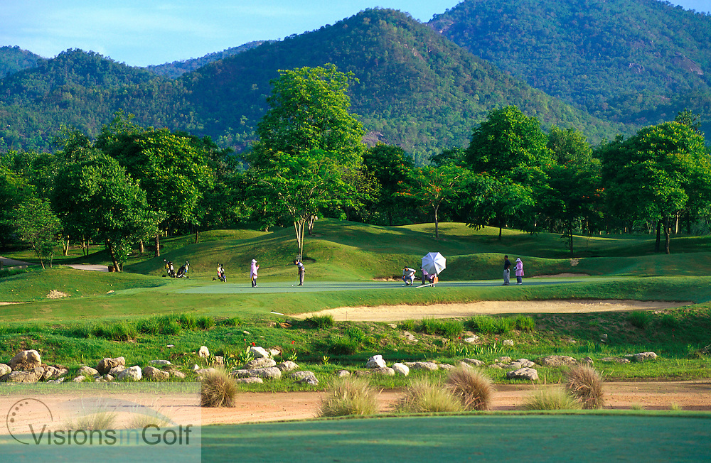 March 2005. Springfield Royal CC, Hua Hin, Thailand. Hole 8, par-three.<br /> Mandatory credit: Richard Castka / visionsingolf.com