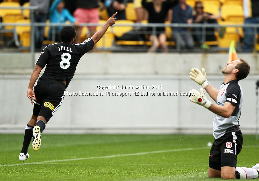 Phoenix's Paul Ifill celebrates his goal as Melbourne's Clint Bolton reacts. A-League football - Wellington Phoenix v Melbourne Heart at Westpac Stadium, Wellington, New Zealand on Sunday 29 January 2012. Photo: Justin Arthur / Photosport.co.nz