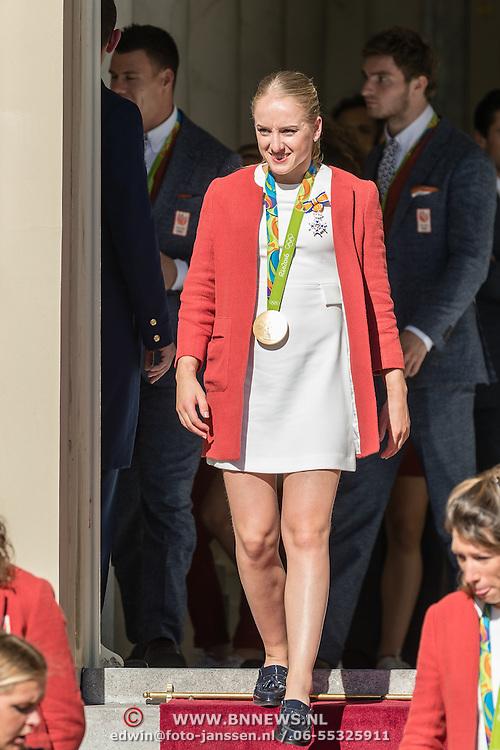 NLD/Den Haag/20160824 - Huldiging sporters Rio 2016, Sanne Wevers